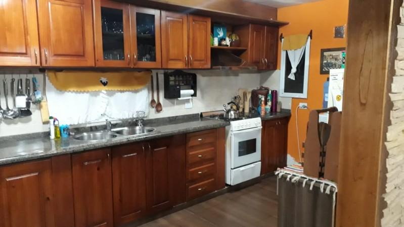 Casa en Venta en Barrio Santa Isabel 1 Sec 4 dor Categoria zona Cotolengo a 100 metros Armada Argentina