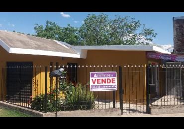 Vendo barrio Parque Republica casa 3 dorm. zona FADEA RUTA 20